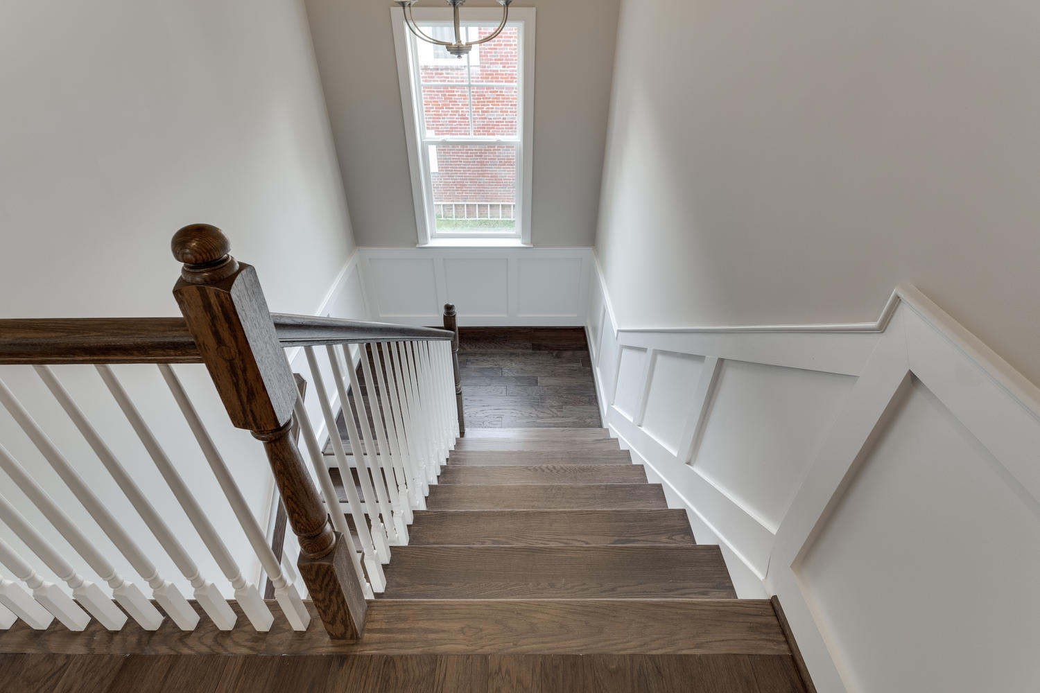 6632 Hallwood Ave Falls Church-large-037-46-Staircase-1500x1000-72dpi
