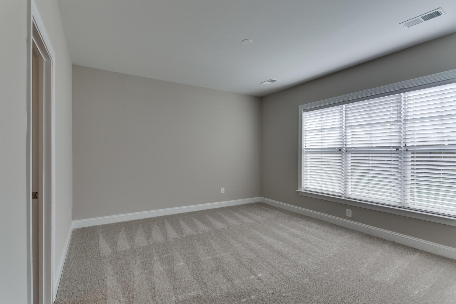 6632 Hallwood Ave Falls Church-large-045-62-Bedroom 2-1500x1000-72dpi