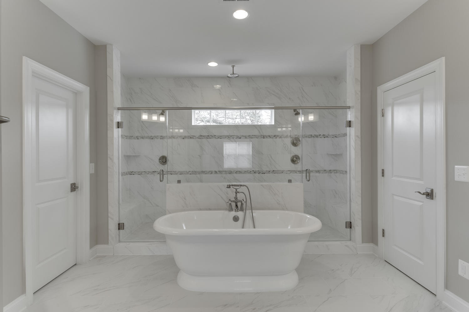 6632 Hallwood Ave Falls Church-large-062-66-Master Bath-1500x1000-72dpi