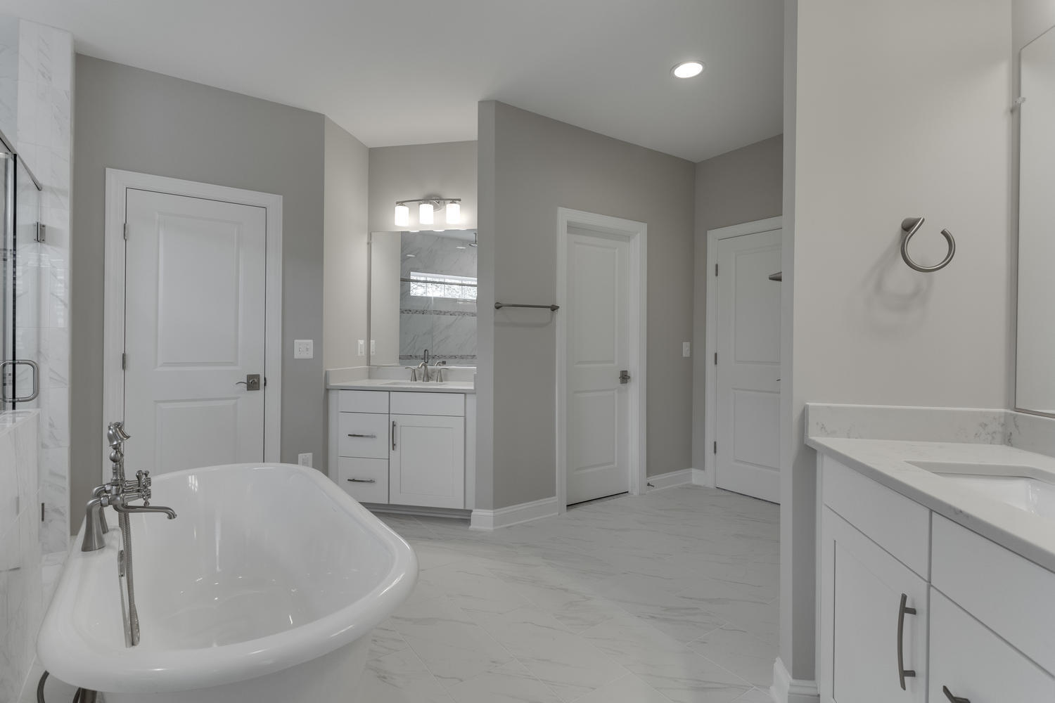 6632 Hallwood Ave Falls Church-large-064-64-Master Bath-1500x1000-72dpi
