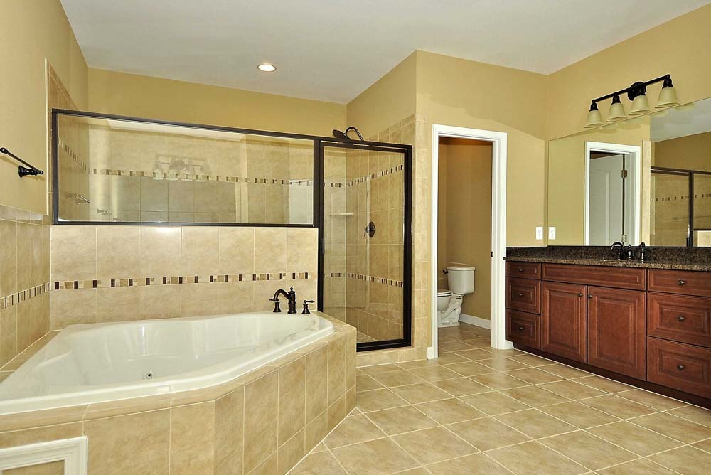 Cambridge-lb10-(Master-Bath)