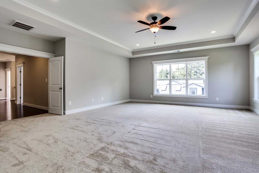 Carlyle-(lb13)-family-room