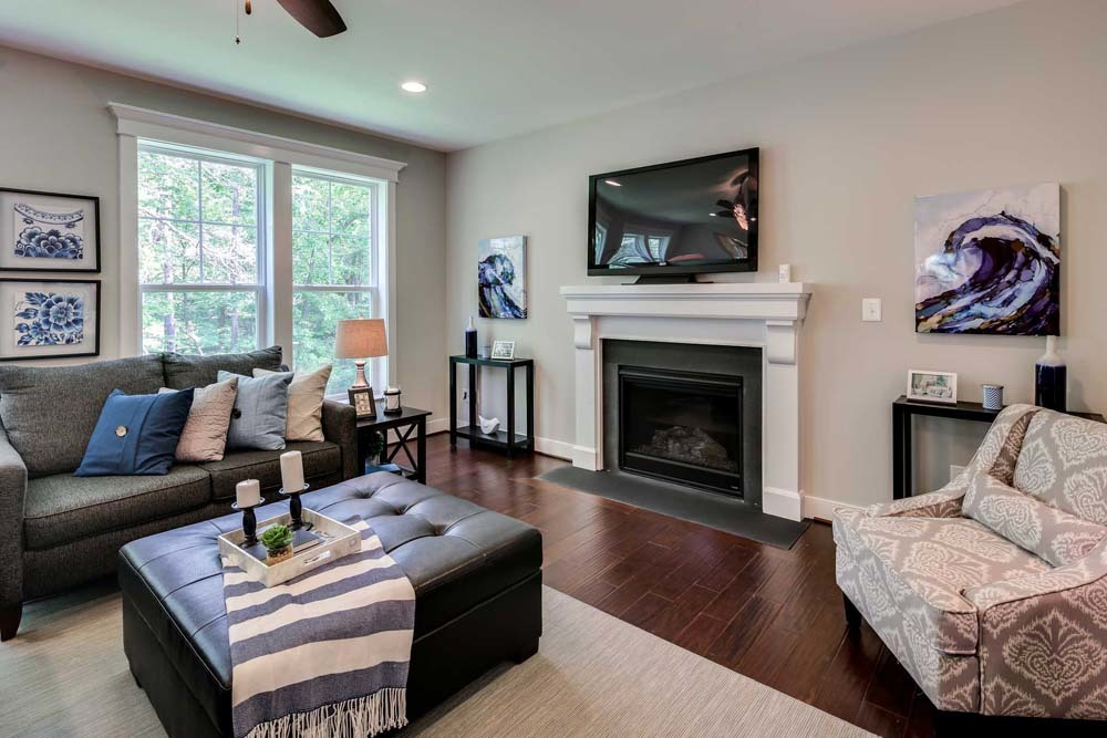 Dartmouth-(lb7)-living-room