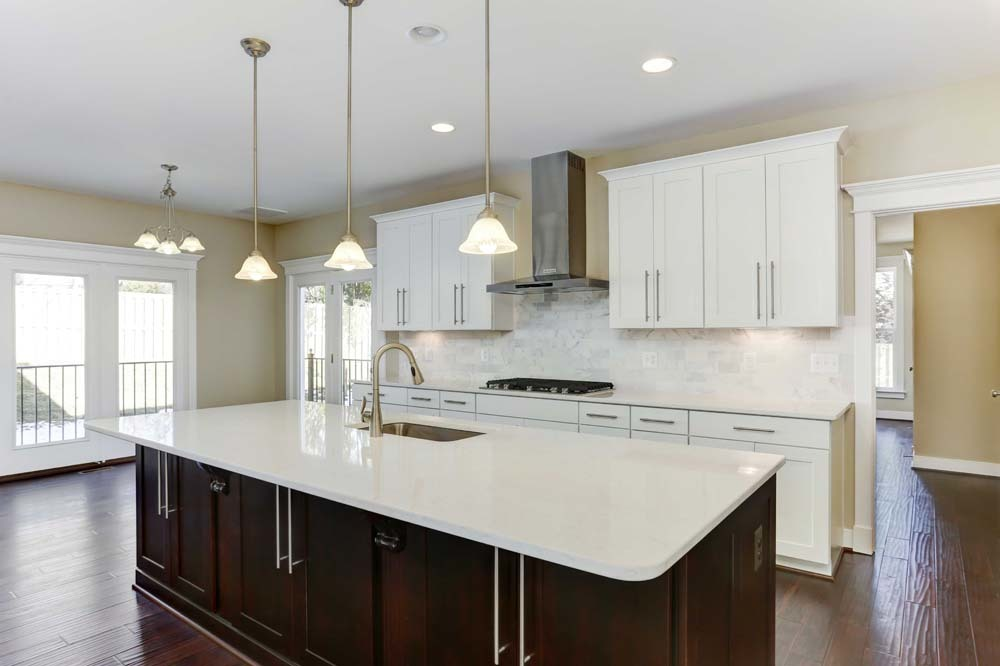 Madison-(lb19)-kitchen
