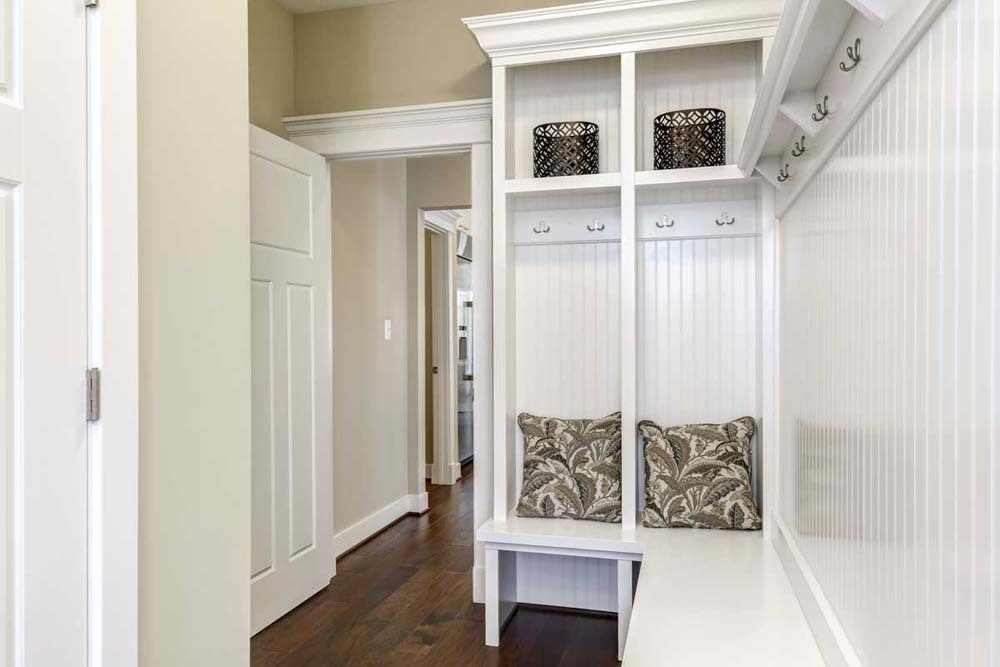 Madison-(lb22)-Mudroom
