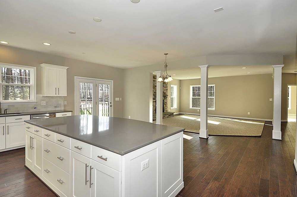Willow-Grove-(lb12)-kitchen